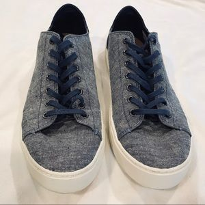 Toms men's chambray tie sneakers size 11 1/2